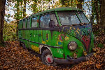 Alter Volkswagen Bus von Carola Schellekens