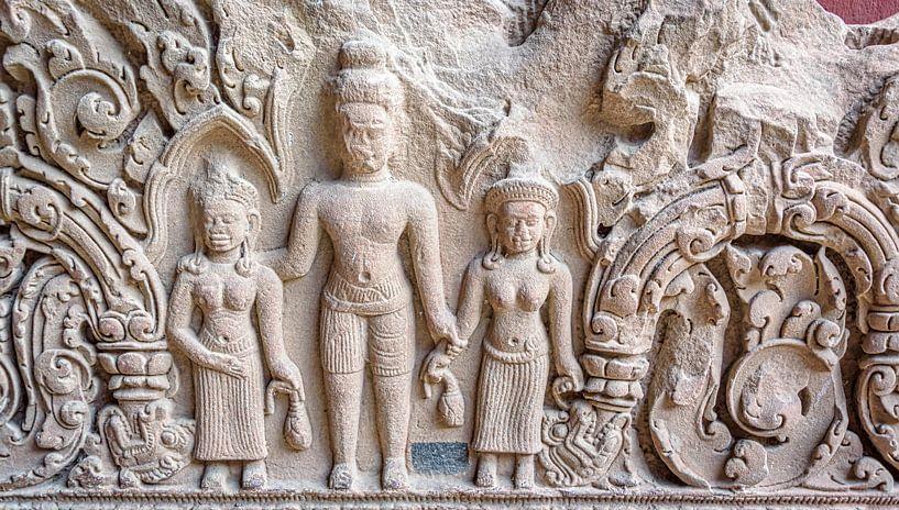 Reliëf  in steen in de tempel, Cambodja van Rietje Bulthuis