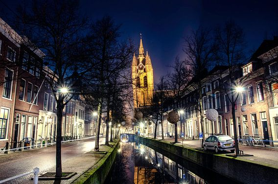 Oude Kerk en Oude Delft als avondfoto van Ricardo Bouman | Fotografie