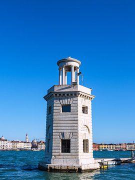 Leuchtturm auf der Insel San Giorgio Maggiore in Venedig von Rico Ködder