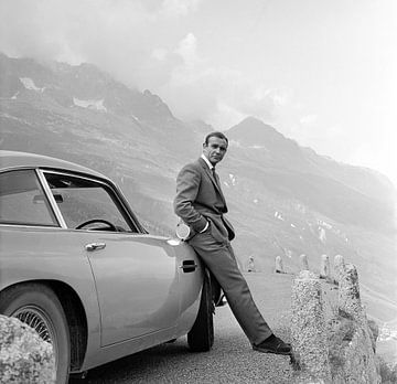 Sean Connery, als James Bond, in Goldfinger van Bridgeman Images