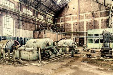 verlaten compressorhal steenkolenmijn Zolder (B) van Marianne Dirix