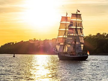 2016-05-06 segelschiff zum hafengeburtstag
