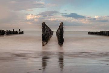 Muschelbetten an der Opalküste in Frankreich von Gerry van Roosmalen