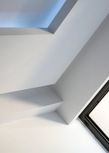 witte abstractie in moderne architectuur van