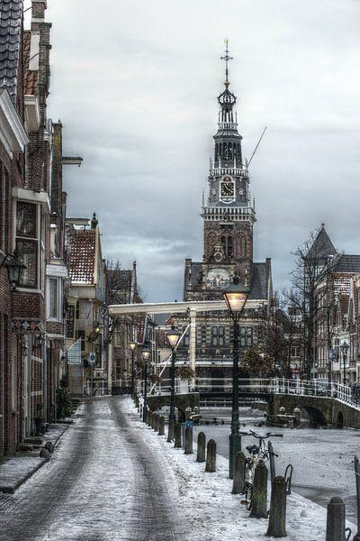 Alkmaarse Waagtoren in de winter van Mike Bing