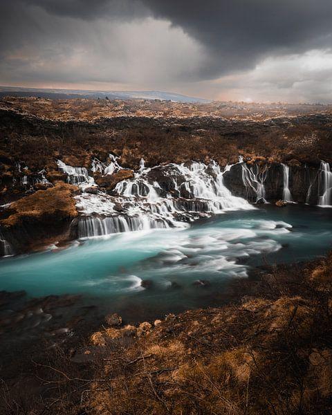 Hraunfossar - waterval van Bas Leroy