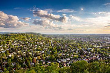 Uitzicht over Karlsruhe in Duitsland vanaf de Turmberg