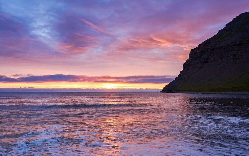 Zonsondergang IJsland van Jeroen Kleiberg