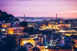 Lissabon - Skyline bij zonsondergang van Alexander Voss