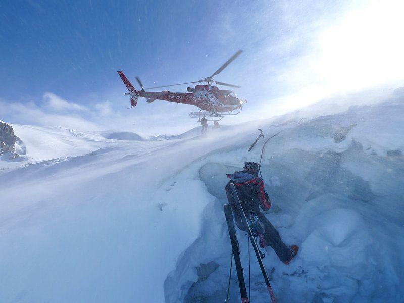 Bergrettung Air Zermatt von Menno Boermans