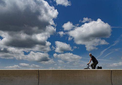 eenzame fietser van