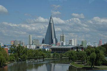 Ryugyonghotel, Pjöngjang, Nordkorea von Harold de Groot