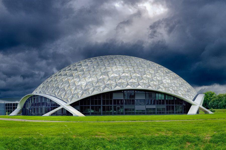 Het Nationaal Automobielmuseum  van Above The Grid