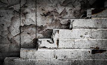die Mauer vor Ihnen von Bernadet van der Werf