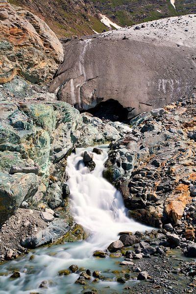 Gletsjer rivier van Anton de Zeeuw