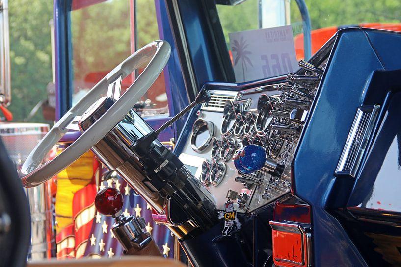Prachtige cabine van een Amerikaanse Peterbilt vrachtwagen van Ramon Berk