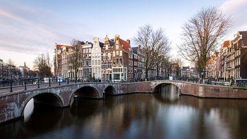 Blick auf die Grachten von Amsterdam von OCEANVOLTA