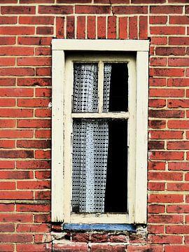 Altes Fenster von Caroline Lichthart