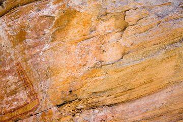 Wand in grot van Ivonne Wierink