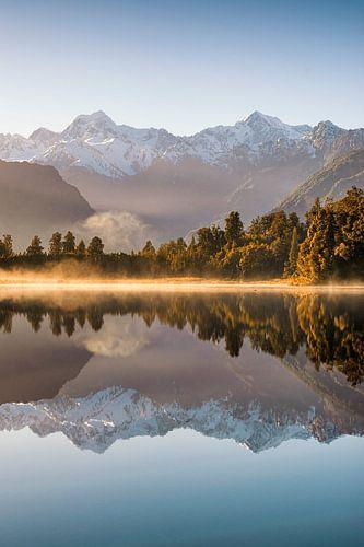 Lake Matheson Mirror van