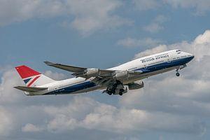 100 jaar British Airways! Take-off van de Boeing 747-400 van British Airways die ter gelegenheid van