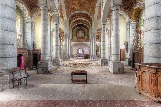 Bezoek aan de Kerk van Roman Robroek