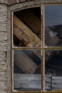 Venster van de visafslag Laaksum 3 sur Wybrich Warns