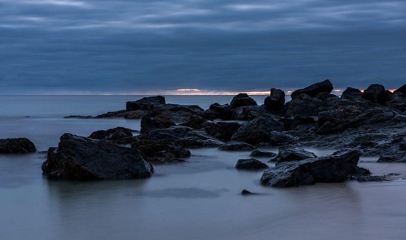 Nachtsfeer aan de kust van Cornwall van Daan Kloeg