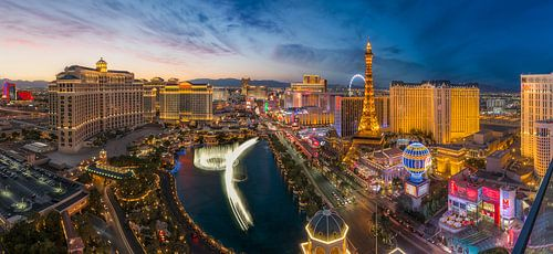 Las Vegas Skyline Panorama van Edwin Mooijaart
