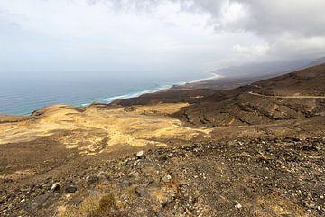 Kustgedeelte in het natuurpark van Jandia (Parque Natural De Jandina) op Fuerteventura van Reiner Conrad