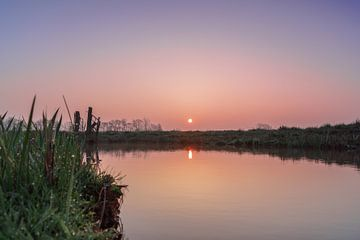 Sonnenaufgang im Frühling im Polder, Stolwijk von Rossum-Fotografie