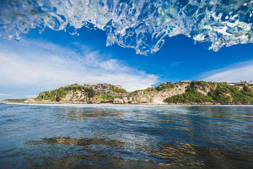Uluwatu Waves van Andy Troy