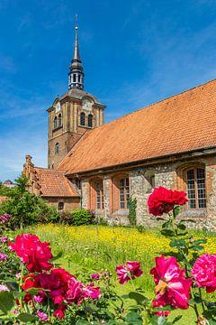 Blumen für die Johannis-Kirche in Flensburg von Marc Venema