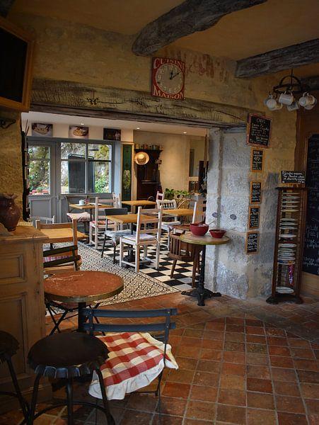 Sfeervol Cafe in Frankrijk van Gonnie van Hove