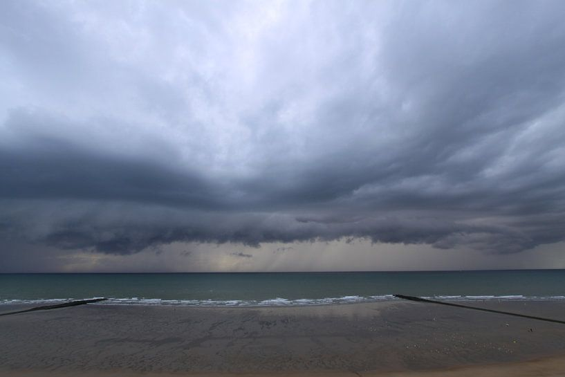 onweer boven zee van Johan Töpke