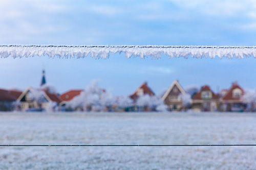 Vergezicht van de stad IJlst tijdens de winter van 2017. Wout Kok One2expose Photography. van