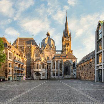 Aachener Dom von Michael Valjak
