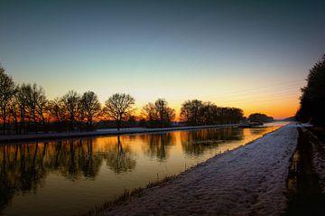 Wintersonne früh morgens am Mittellandkanal von