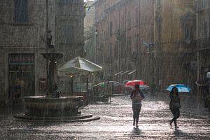 Ascoli Piceno in de regen.