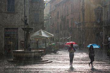 Ascoli Piceno in de regen. van Ron van Ewijk