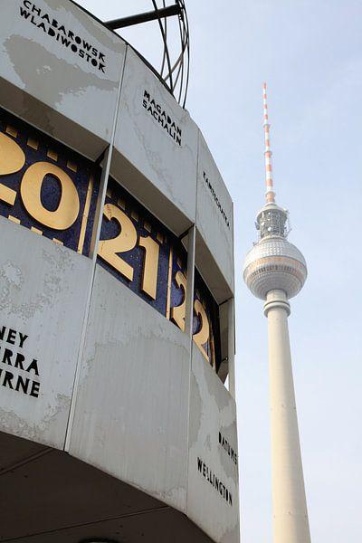 World Clock Fernsehturm Berlin van Falko Follert