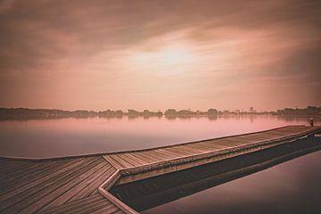 Zonsopkomst bij mist. van Dirk Keij-Bron