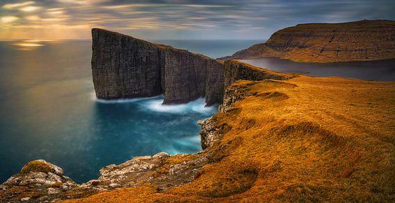 Traelanipa cliffs van Wojciech Kruczynski