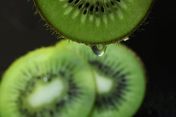 Macro tranches de kiwi sur Herman Peters