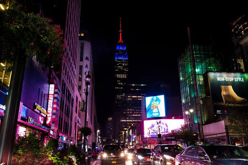 Empire State Building bei Nacht van Kurt Krause