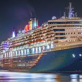 HAMBURG Queen Mary 2 Cunard Line von Joachim Fischer
