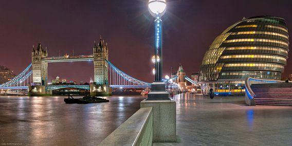 London Bridge and City Hall van Bob de Bruin