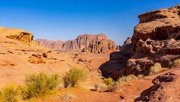 Felsformationen in Wadi Rum, Jordanien von Jessica Lokker
