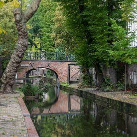 Schitterend mooie weerspiegelende Oudegracht in Utrecht van Patrick Verhoef